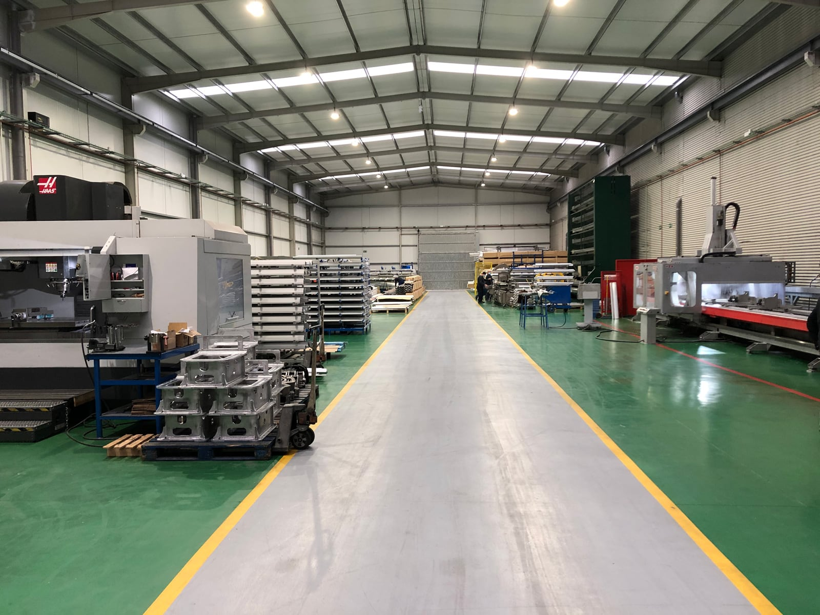 Exclusive warehouse for machining in Arboç